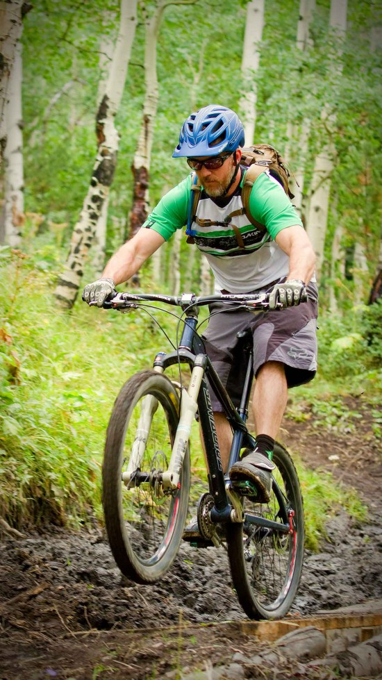 activity-mountain-biking-wheelie