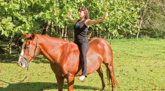 hero-cathy-woods-on-horse