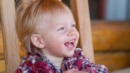 kdis-laughing-toddler