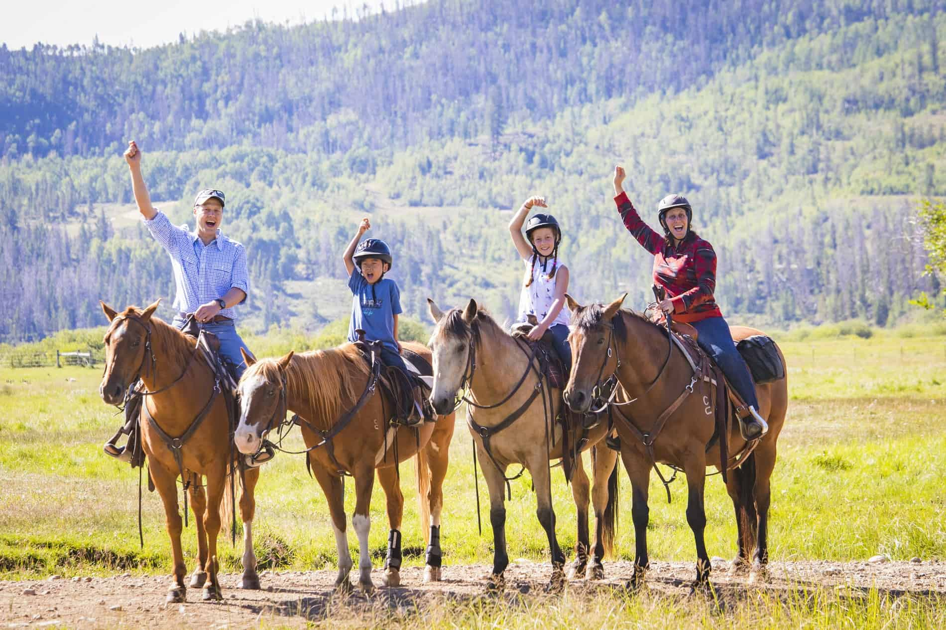 reasons to go on a dude ranch vacation