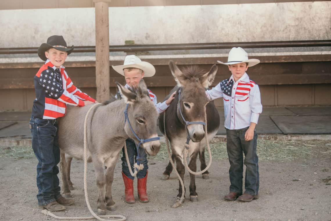 kids with poney