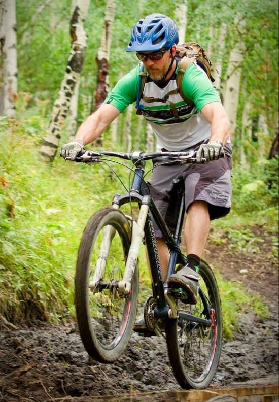 activity-mountain-biking-wheelie