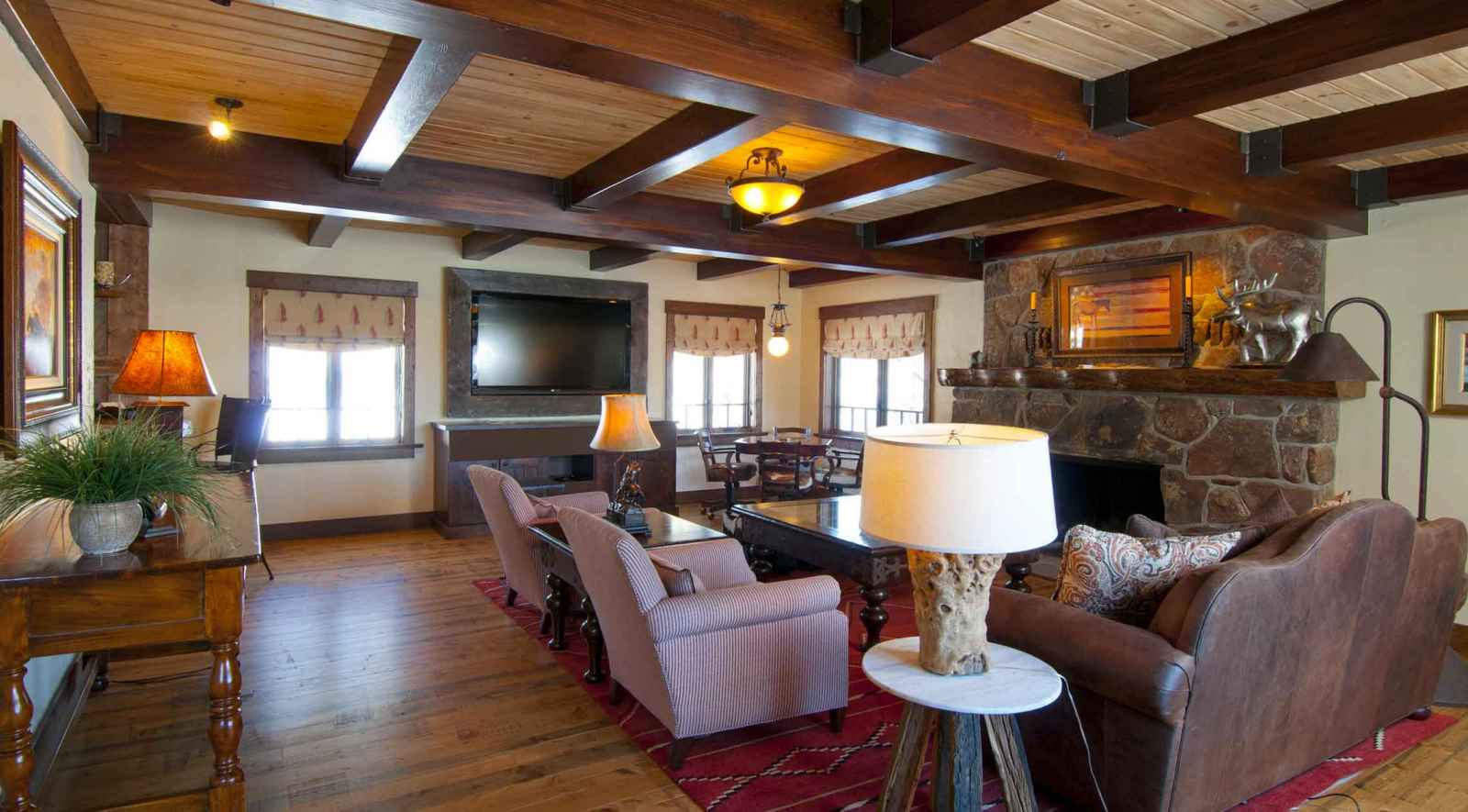 Midnight trail lodge colorado vacation rental homes c for Trail lodge