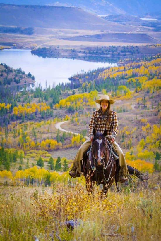 woman-riding-in-fall-v